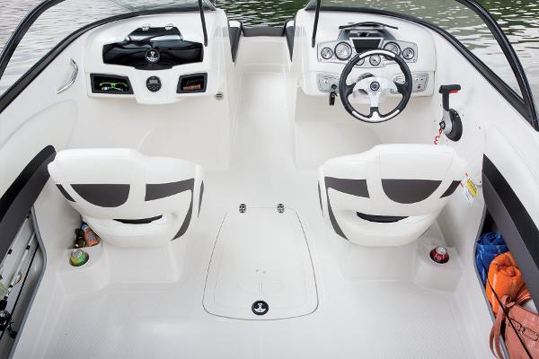 2016 Tahoe boat for sale, model of the boat is 550 TF & Image # 24 of 62
