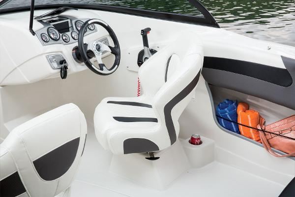 2016 Tahoe boat for sale, model of the boat is 550 TF & Image # 30 of 62