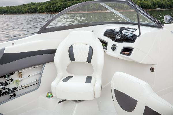 2016 Tahoe boat for sale, model of the boat is 550 TF & Image # 36 of 62