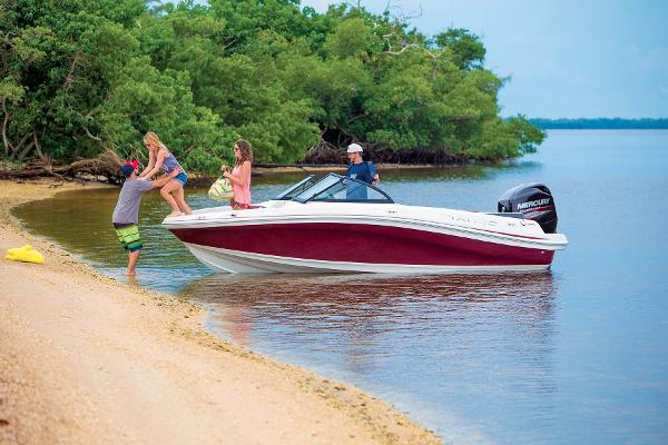 2016 Tahoe boat for sale, model of the boat is 550 TS & Image # 12 of 35