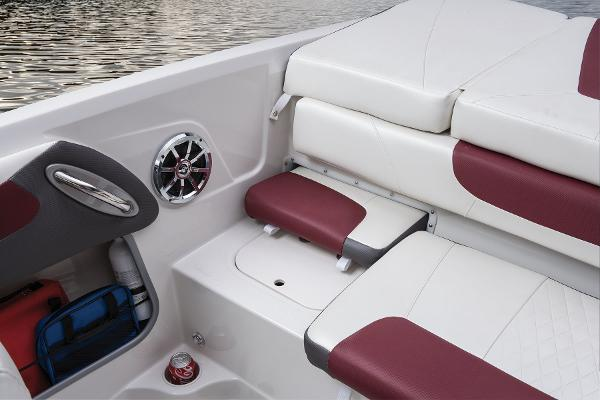 2016 Tahoe boat for sale, model of the boat is 550 TS & Image # 29 of 35