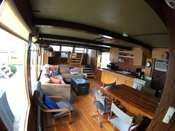 Custom Houseboat BoatsalesListing Brokerage
