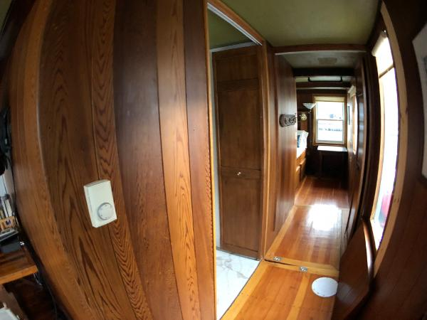 Custom Houseboat Sell Connecticut