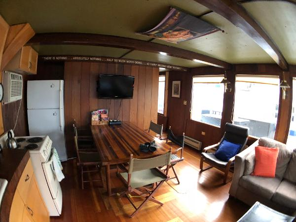 Custom Houseboat Purchase Sell