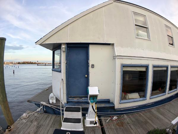 Custom Houseboat For Sale Broker