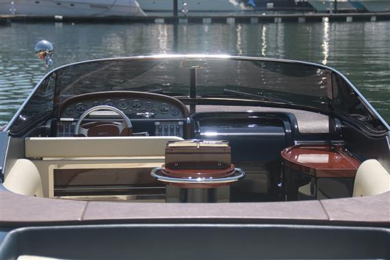 2015 Riva 33 Aquariva - Cockpit