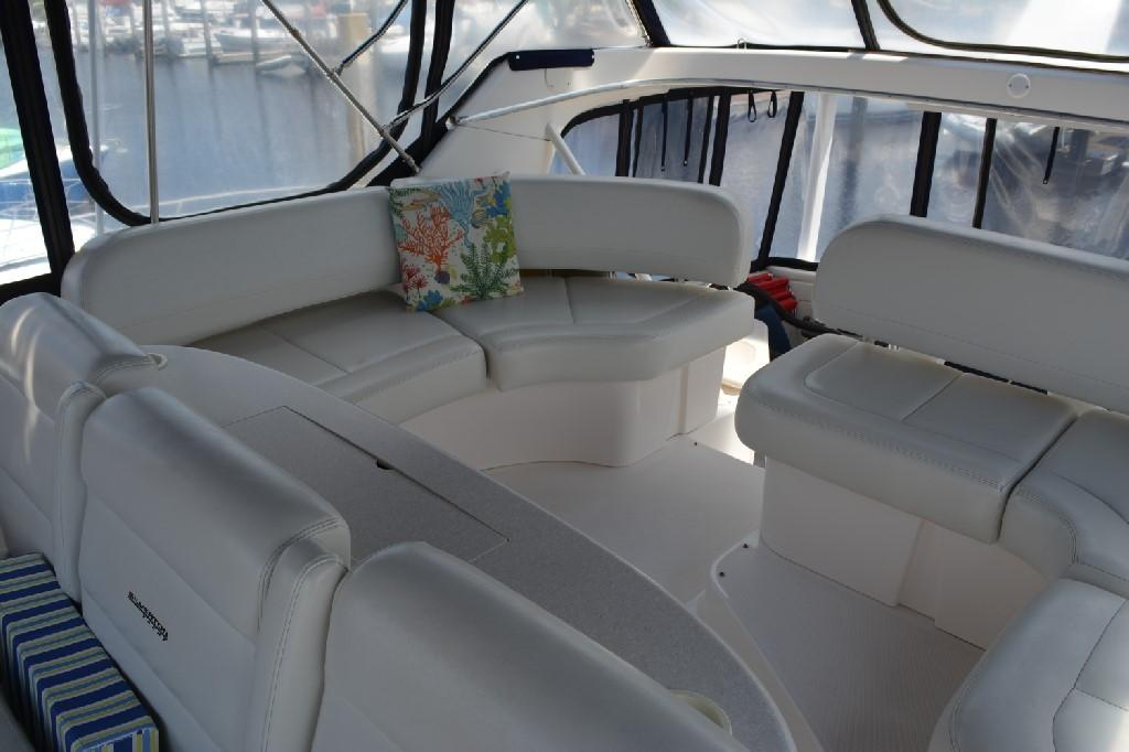 Silverton 43 Motor Yacht - Aft Bridge Seating Starboard