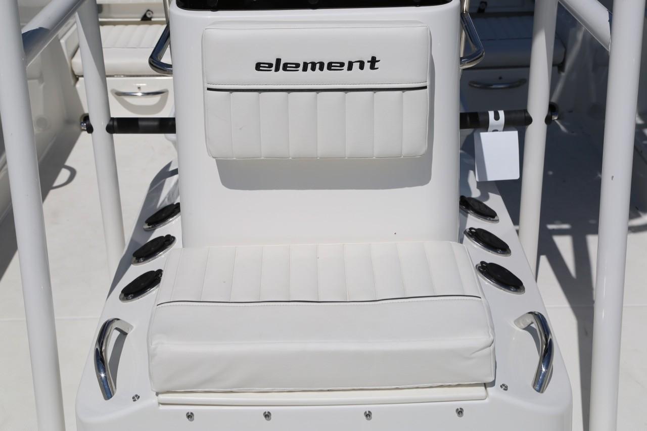 2020 Bayliner Element F21
