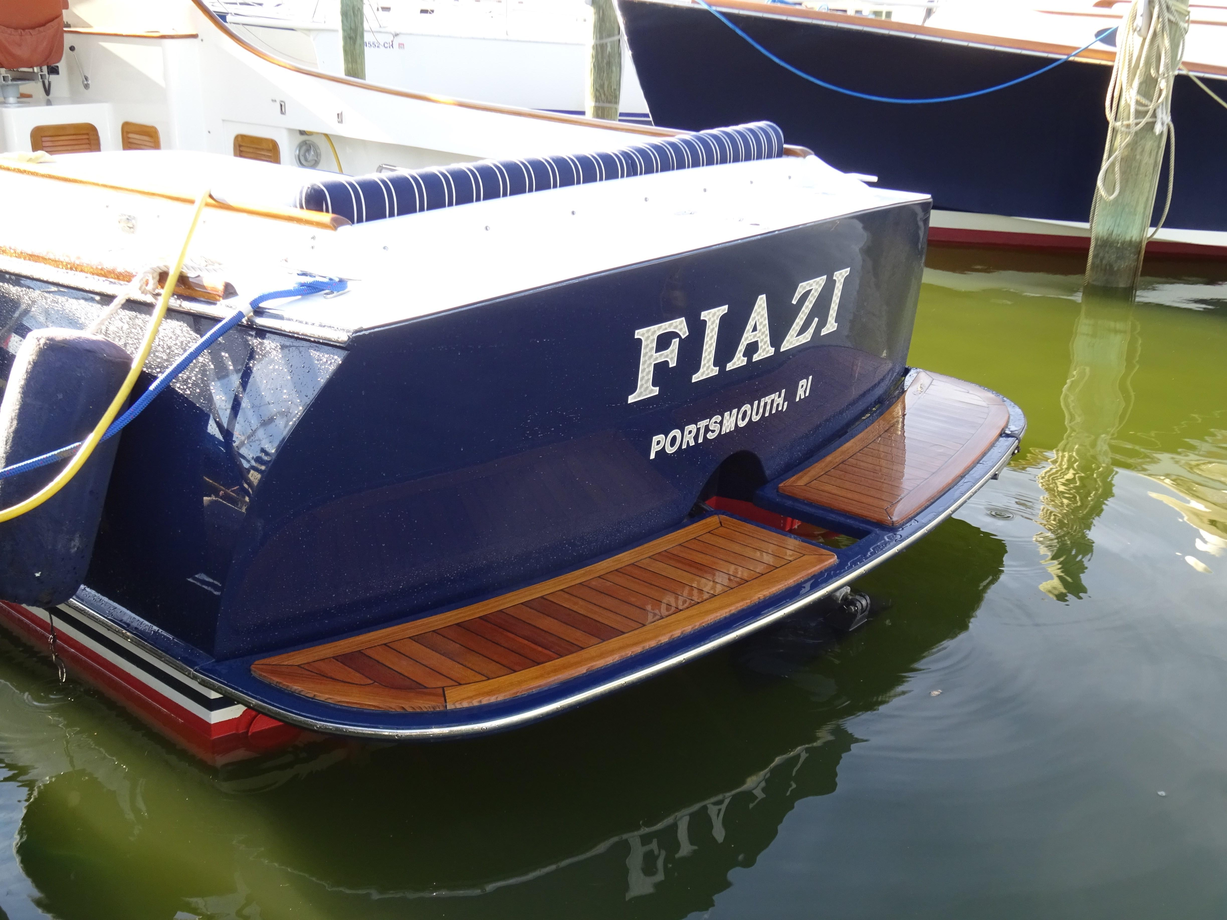 Fiazi Hinckley 1998 Picnic Boat Classic 36 Yacht for Sale in US