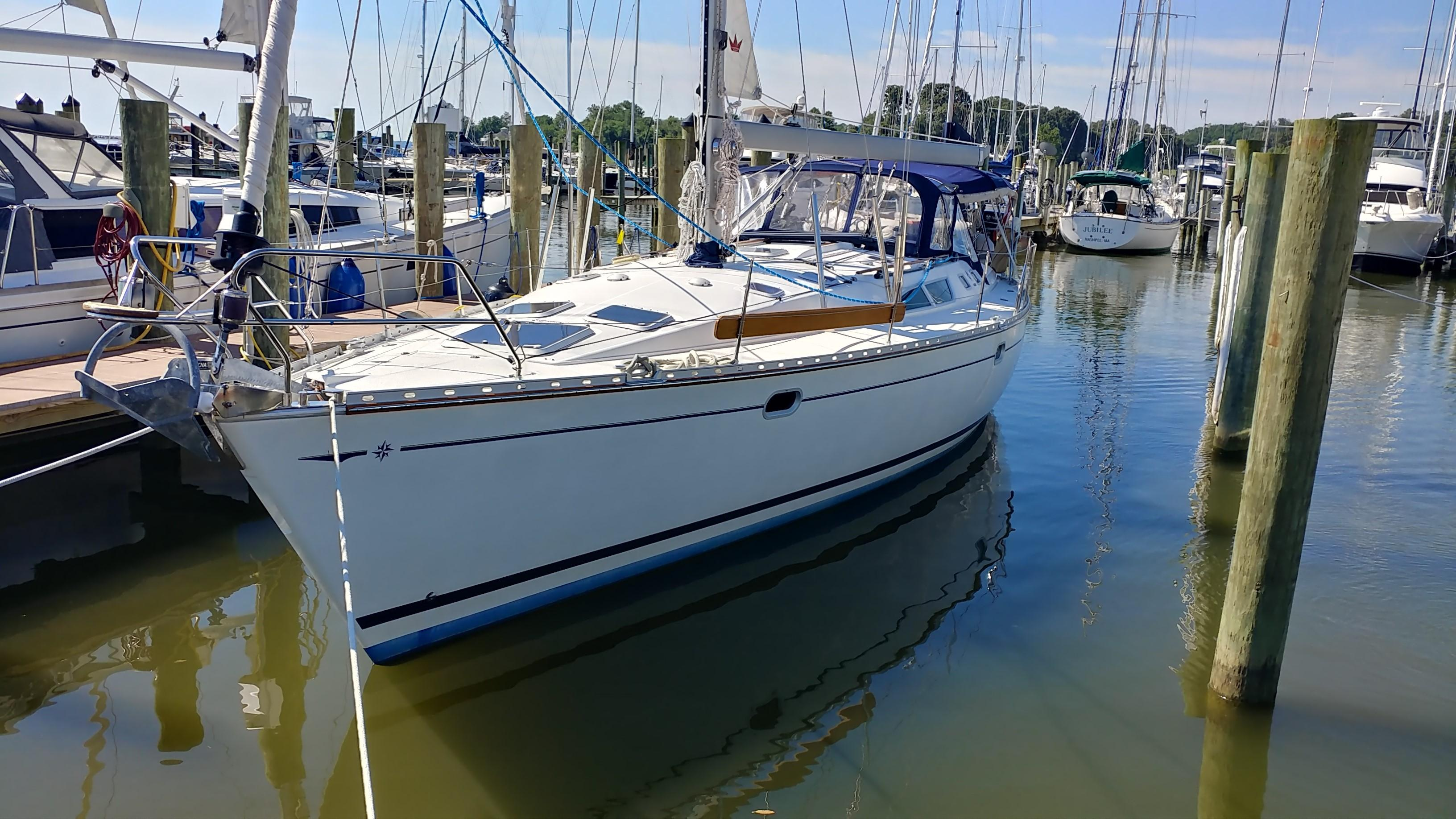 45 Jeanneau Betelgeuse 2002 Deale | Denison Yacht Sales