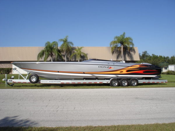 Donzi 43 ZR High Performance Boats. Listing Number: M-876863 43' Donzi 43 ZR