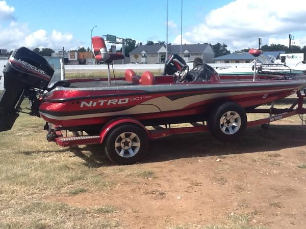 2002 NITRO 901 CDX for sale