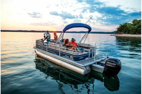 2019 Sun Tracker boat for sale, model of the boat is PARTY BARGE 22RF XP3 w/ Mercury 150Hp 4S & Image # 8 of 16