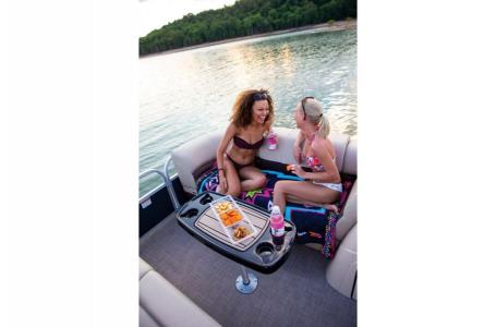 2019 Sun Tracker boat for sale, model of the boat is PARTY BARGE 22RF XP3 w/ Mercury 150Hp 4S & Image # 9 of 16