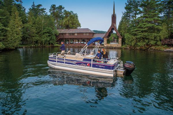 2015 Sun Tracker boat for sale, model of the boat is Fishin' Barge 22 DLX & Image # 6 of 10