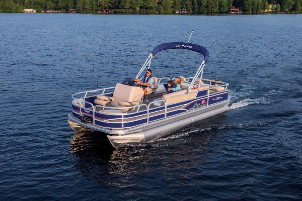 2015 Sun Tracker boat for sale, model of the boat is Fishin' Barge 22 DLX & Image # 10 of 10