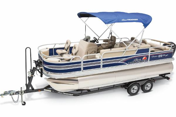 2015 Sun Tracker boat for sale, model of the boat is Fishin' Barge 22 DLX & Image # 3 of 10