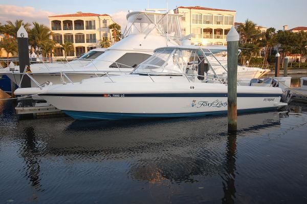 Intrepid 339 Walkaround STOCK# 113 Express Cruiser