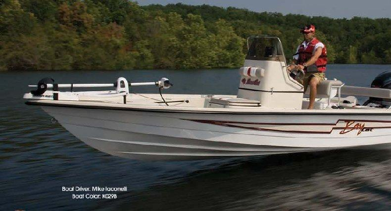 2014 Bass Cat Boats Bay Cat