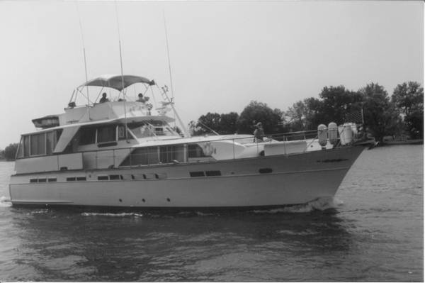 Chris-Craft Constellation Motor Yachts. Listing Number: M-3754839