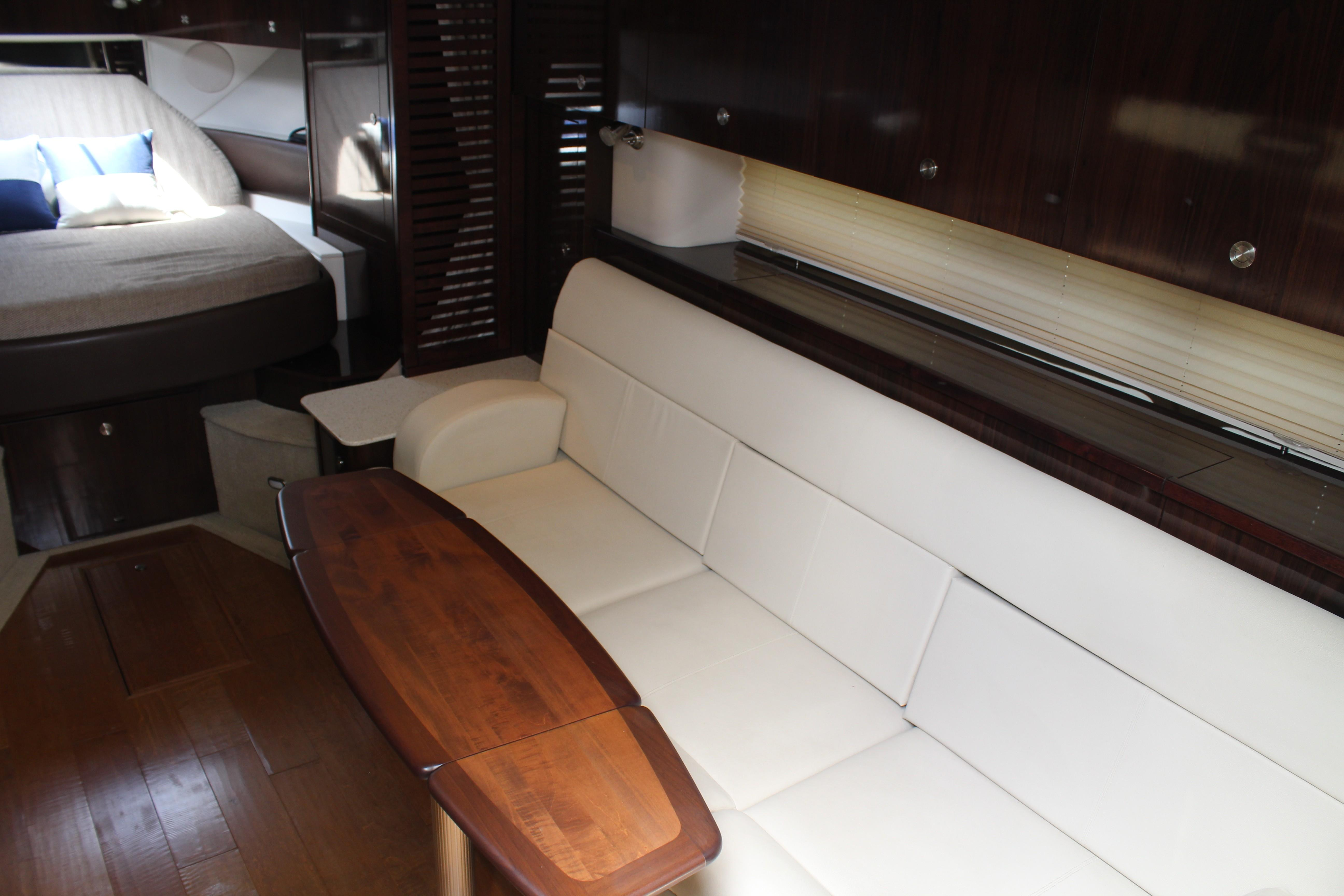 Large seating area to starboard