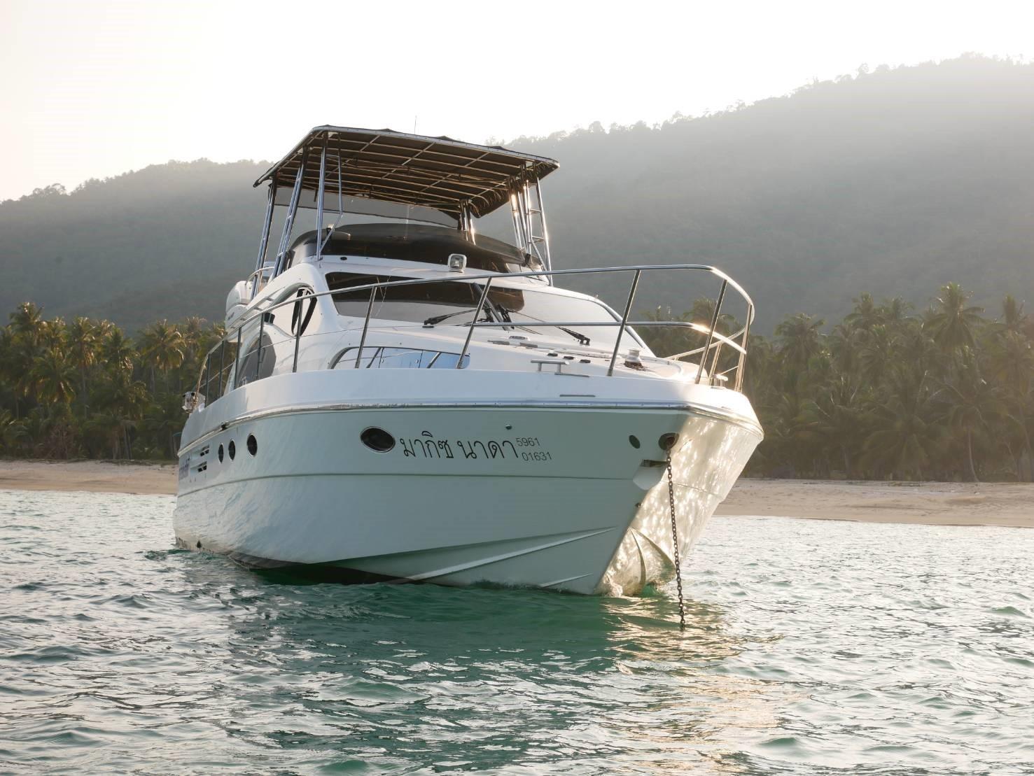 46 Fly bridge motor yacht-2