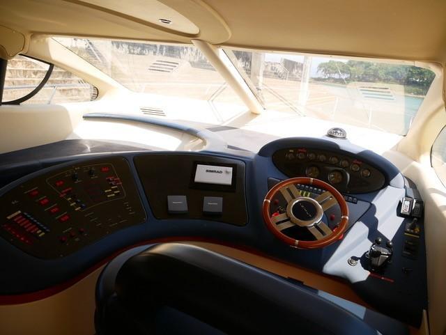 46 Fly bridge motor yacht-18