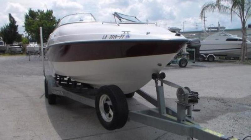 1999 Seaswirl boat for sale, model of the boat is 230 Cuddy Cabin & Image # 6 of 30