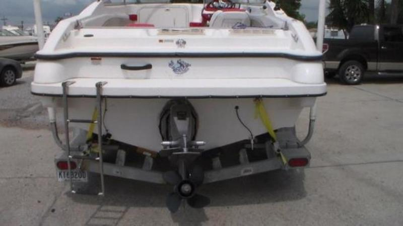1999 Seaswirl boat for sale, model of the boat is 230 Cuddy Cabin & Image # 7 of 30