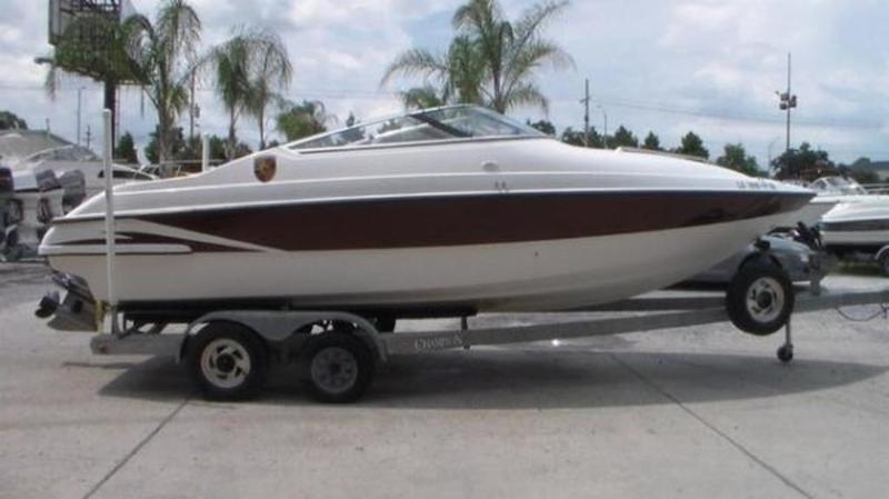1999 Seaswirl boat for sale, model of the boat is 230 Cuddy Cabin & Image # 8 of 30