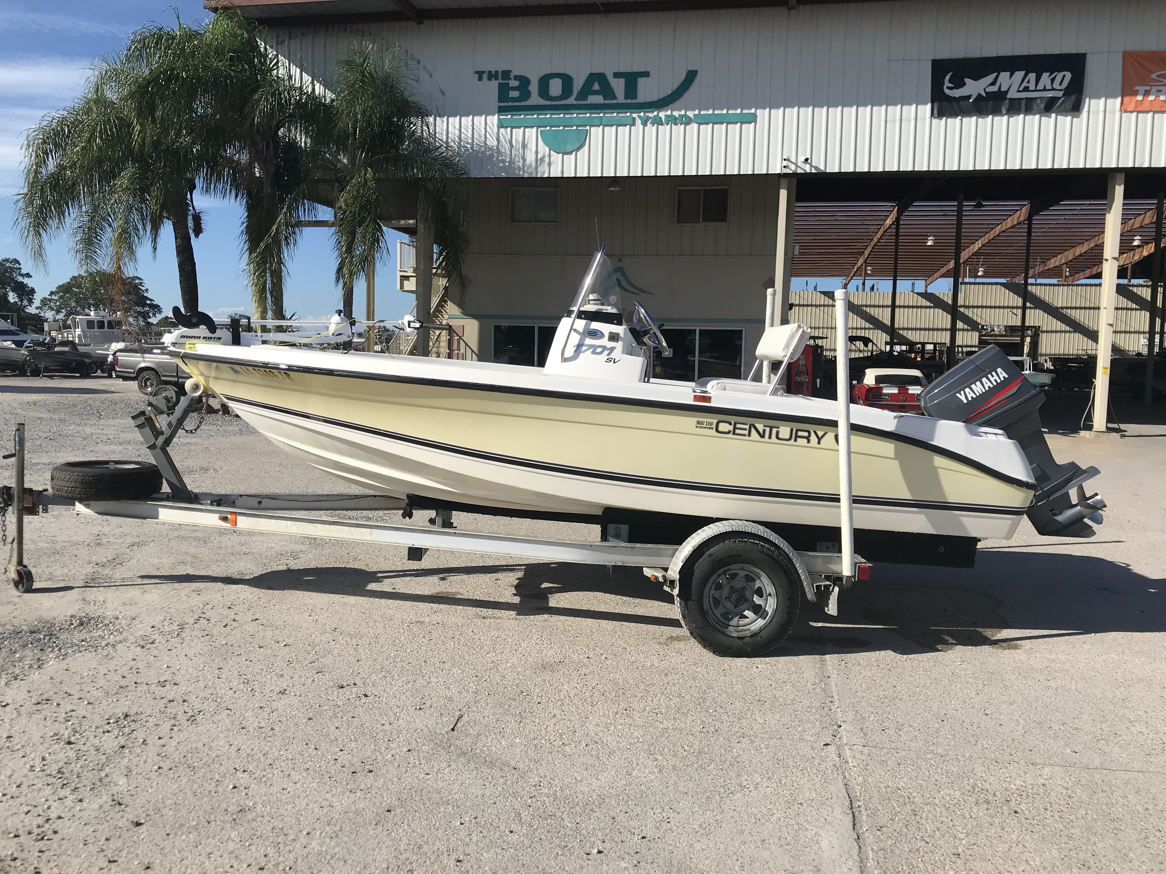 2007 Century boat for sale, model of the boat is 1701 SV & Image # 1 of 8
