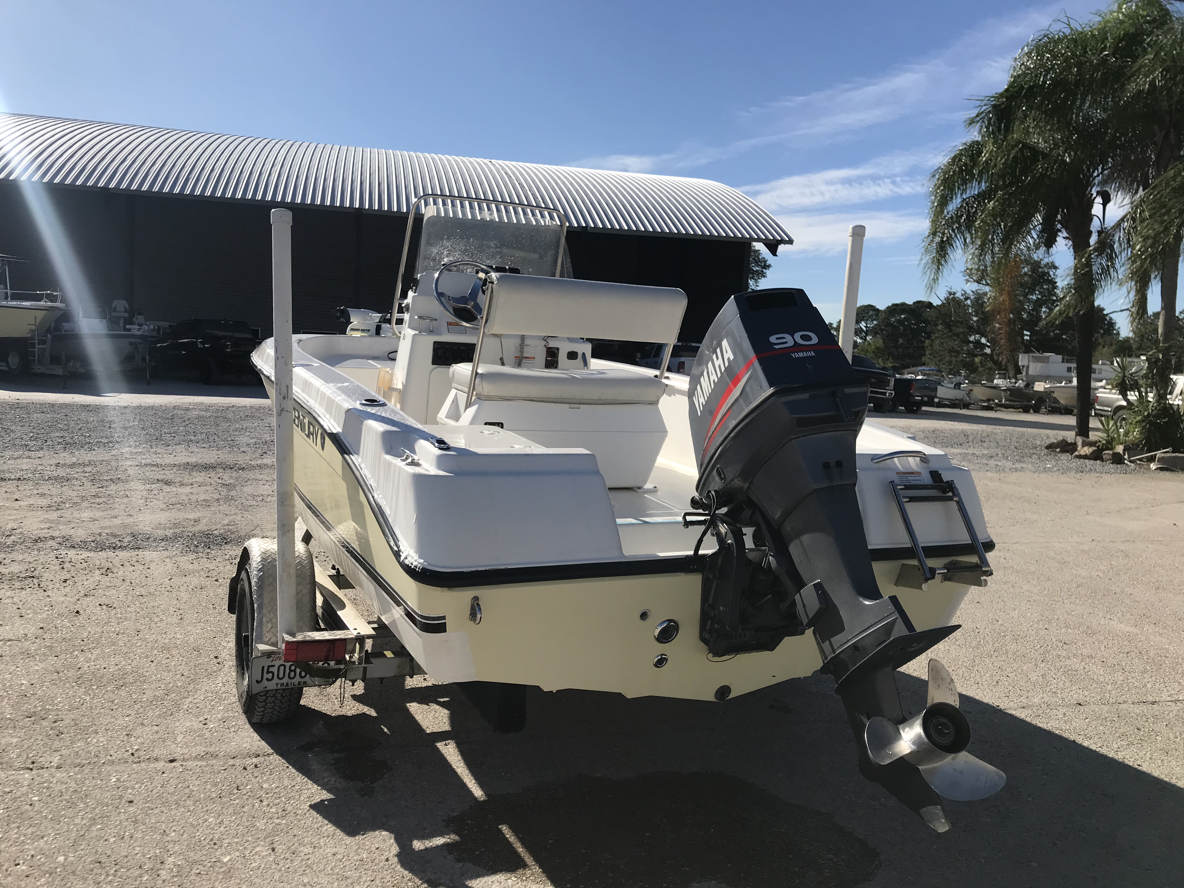 2007 Century boat for sale, model of the boat is 1701 SV & Image # 2 of 8