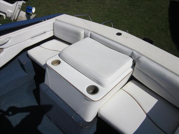 2002 Bayliner boat for sale, model of the boat is 1950 Classic & Image # 4 of 9