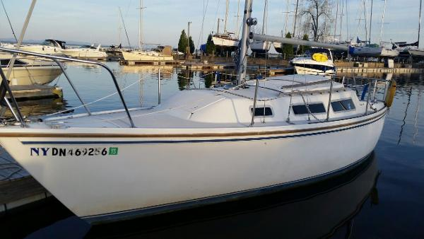 1984 CATALINA YACHTS 25 for sale