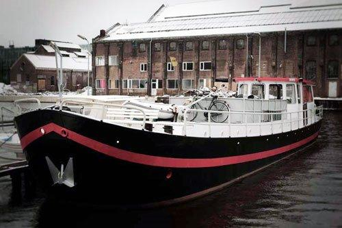 Dutch Barge Hagenaar