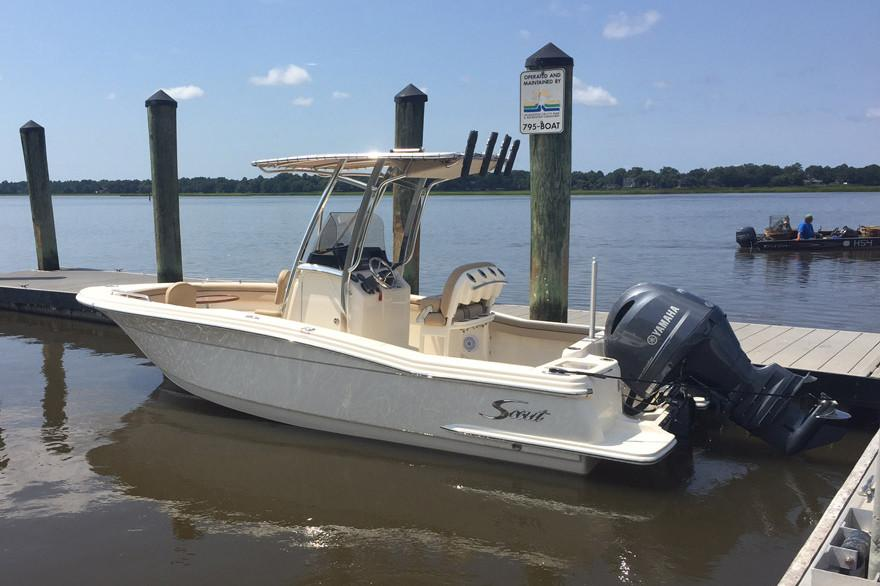 Scout Boats215 XSF