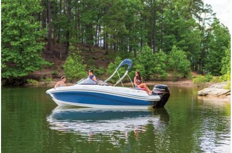 2019 Tahoe boat for sale, model of the boat is 450 TS & Image # 12 of 24