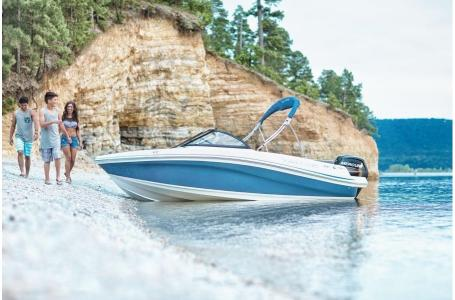 2019 Tahoe boat for sale, model of the boat is 450 TS & Image # 20 of 24