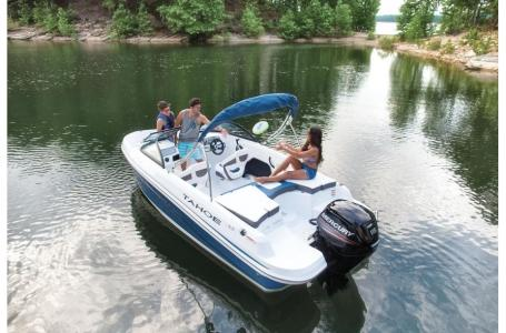 2019 Tahoe boat for sale, model of the boat is 450 TS & Image # 8 of 24