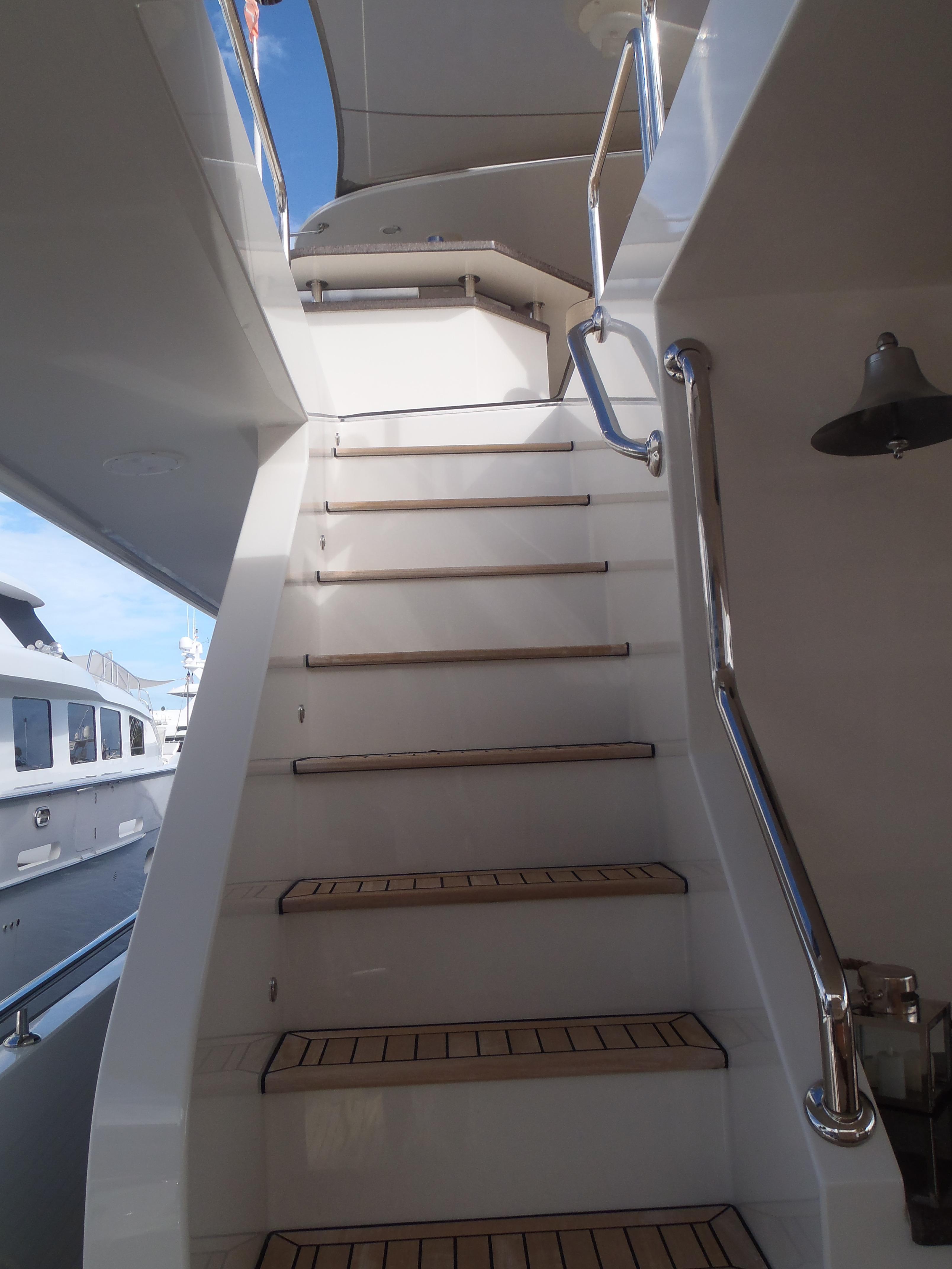 Aft Deck Passageway