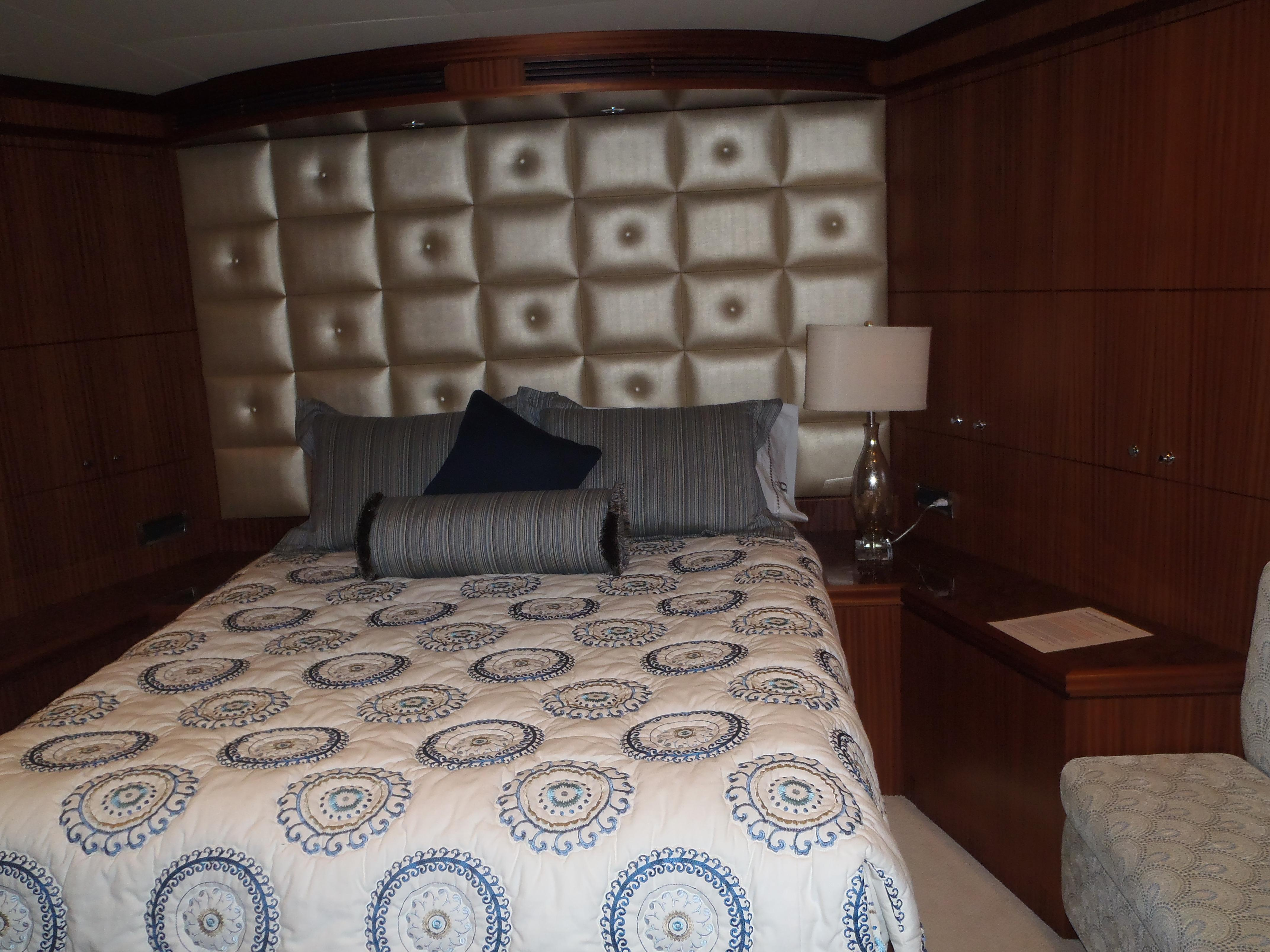 Fwd VIP Stateroom