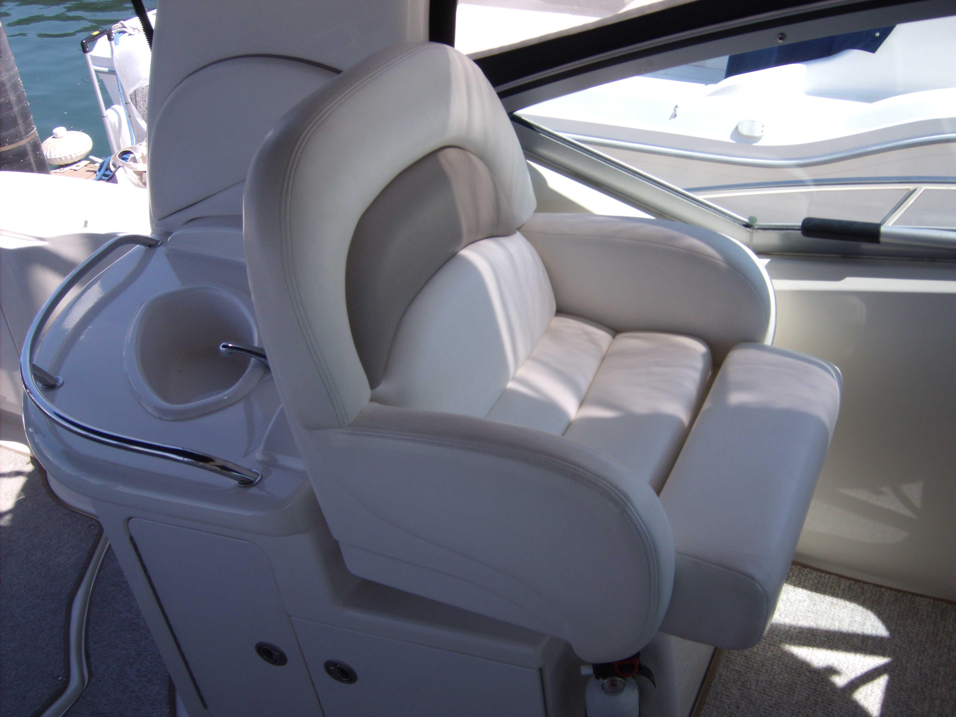 Cockpit Seating With Table