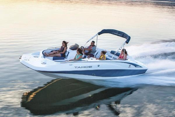 2018 Tahoe boat for sale, model of the boat is 215 Xi & Image # 2 of 38