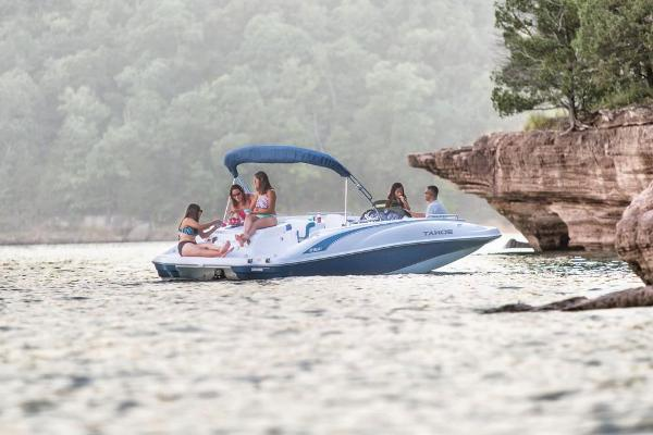 2018 Tahoe boat for sale, model of the boat is 215 Xi & Image # 5 of 38
