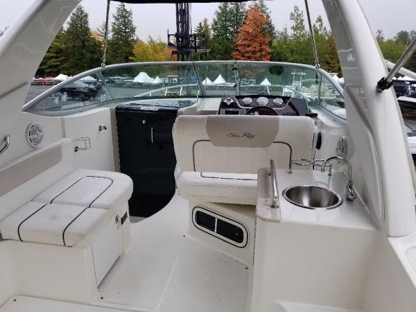 2010 Sea Ray boat for sale, model of the boat is 260 Sundancer & Image # 3 of 24