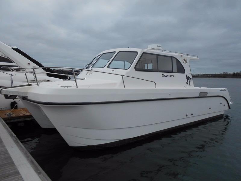 LEISURE CAT 350 Deepwater