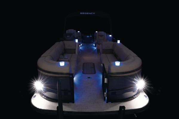2021 Regency boat for sale, model of the boat is 250 LE3 & Image # 26 of 76