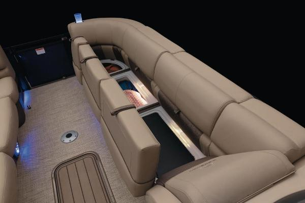 2021 Regency boat for sale, model of the boat is 250 LE3 & Image # 27 of 76