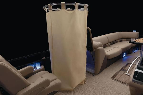 2021 Regency boat for sale, model of the boat is 250 LE3 & Image # 33 of 76