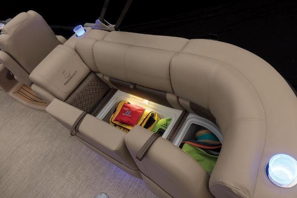2021 Regency boat for sale, model of the boat is 250 LE3 & Image # 50 of 76